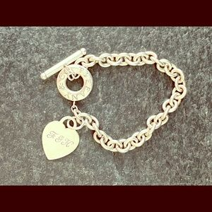 Tiffany&Co. Sterling Heart Tag Toggle Bracelet